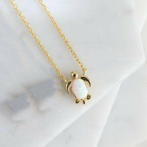 Jewelry - NWOT Gold Triplet Opal Turtle Necklace